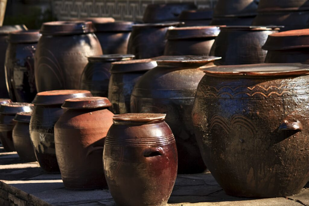 玉壺(ぎょっこ)の過去と人間時代:村の子供を惨殺して壺に詰めるクズ!